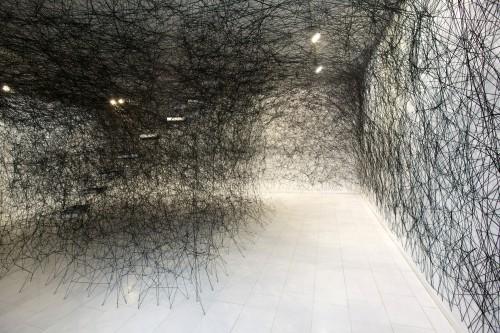 Chiharu Shiota labyrinth of memory58.jpg