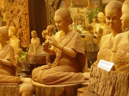 Thaïlande au WoodRoyal Studio.thailady-01.jpg