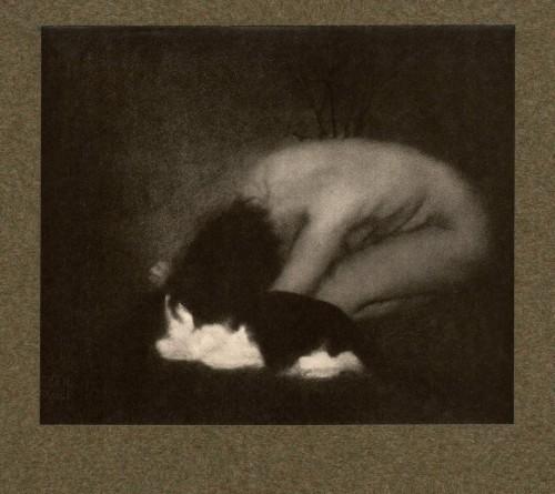 Edward Steichen -Nude with Cat, 1902_n.jpg