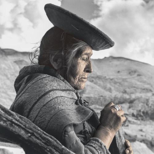 phil borges cirila quechua perou.jpg