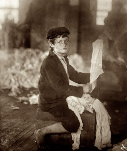 Lewis W Hine Noon, April 10, 1913. Cherokee Hosiery Mill in Rome, Georgiajpg.jpg