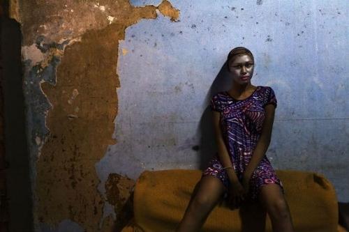 Ana Carolina Fernandes, Nathielle, Série Bodies and Souls, Rio de Janeiro, 2012 .jpg