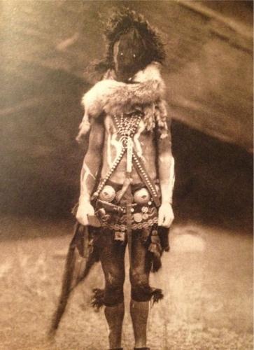 Edward S. Curtis Nayenezgani (Slayer of Strange Gods, Navajo deity).jpg