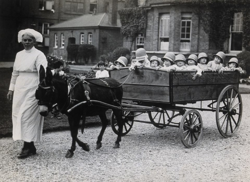 The 18-seater pram, Park Royal Hospital, London, 1925._n.jpg