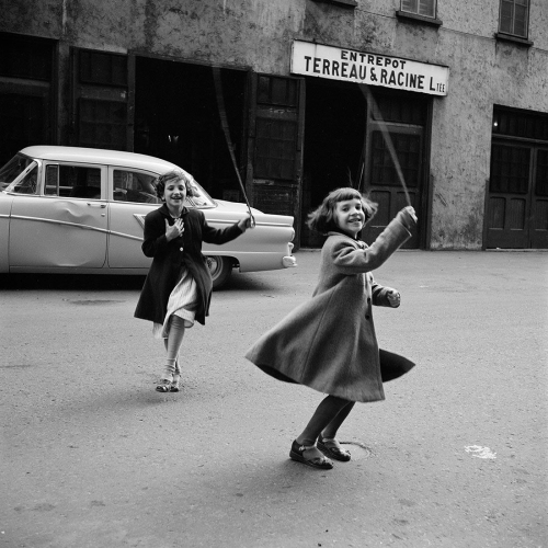Vivian Maier Canada.jpg
