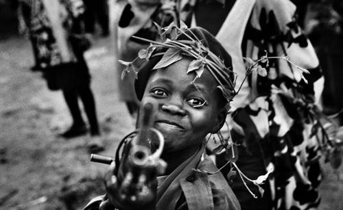 james nachtwey enfant soldat -congo-2008-1.png