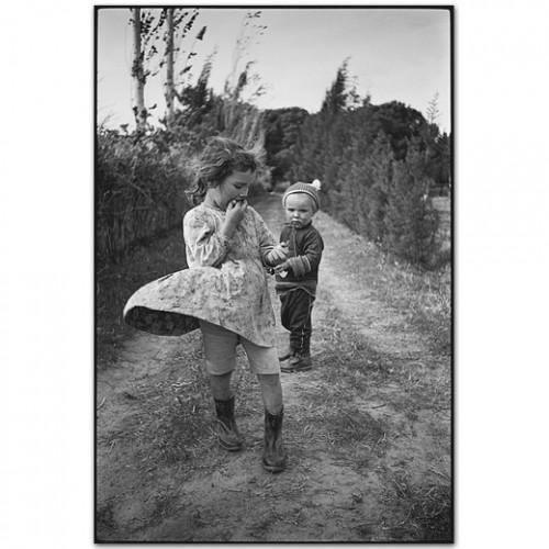mary ellen mark Two Children, Izmir, Turkey, 1965.jpg