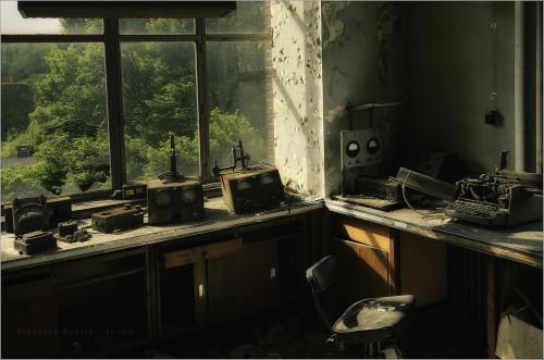 nicola-bertellotti Abandoned chemistry lab.jpg