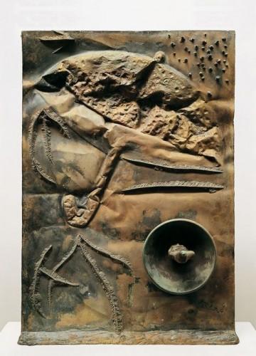 joan miro bas-relief bronze 1970.jpg