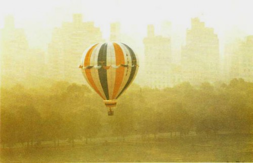 RUTH ORKIN. Balloon, 1977. .jpg