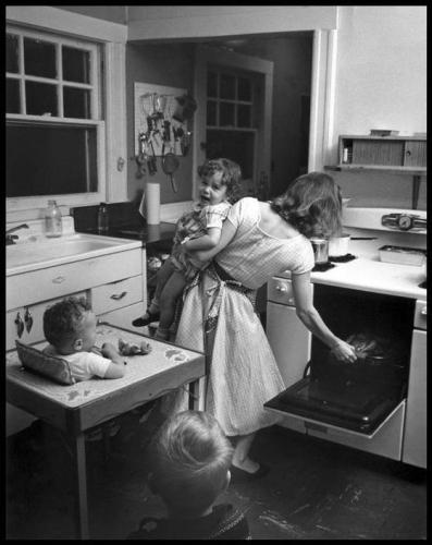 Elliott Erwitt, New Rochelle, New York, USA, 1955.jpg