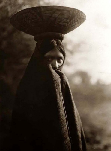 Edward S. Curtis 1907 Maricopa-Indian-Girl.jpg