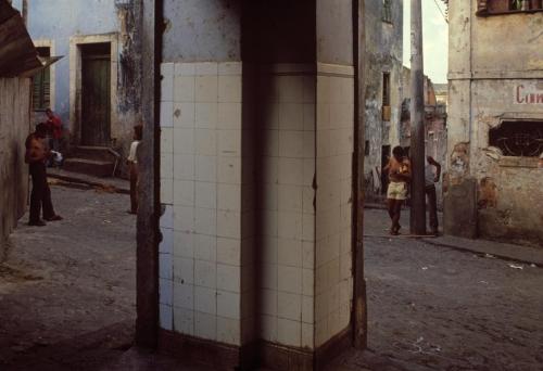Miguel Rio Branco Pelourinho Salvador de Bahia 1979.jpg