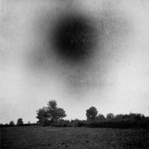 Jeremy Dyer schwarze sonne.jpg