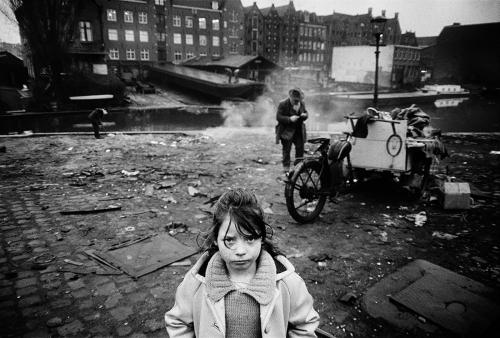 Koen Wessing Amsterdam , 1966 .jpg