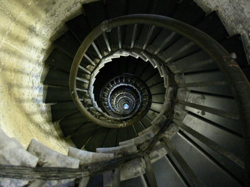 spiral-staircase-fish-hill-london.jpg
