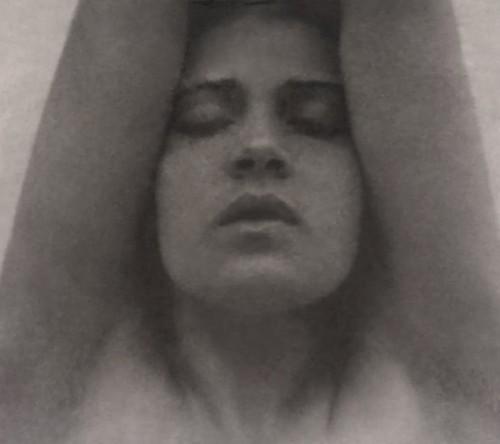 Edward Weston, Tina Modotti with arms raised -c. 1921.jpg