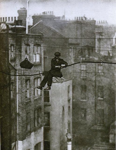 London telephone engineer 1920s_n.jpg