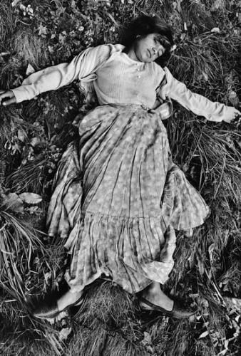 Josef Koudelka Life of Gypsies by (18).jpg
