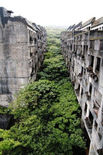 Abandoned city of Keelung, Taiwan par cock_a_doodle_do.jpg