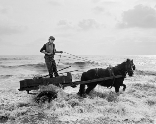 Chris-Killip-Gordon. Seacoal Beach, Lynemouth, Northumberland, 1982. © .jpg