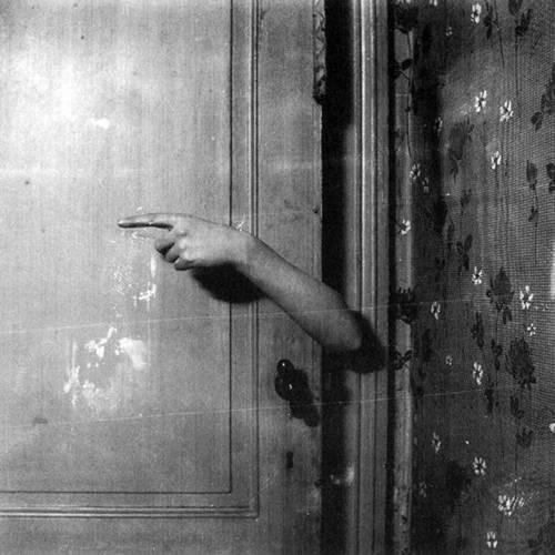 Paul Nouge le bras revelateur 1929-30_n.jpg