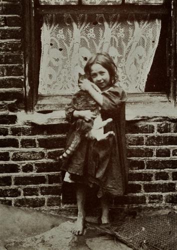 Horace Warner London Street Children, 1900s (28).jpg