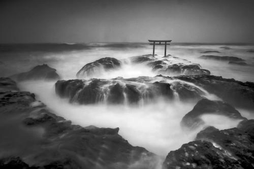 Shigeru Yoshida contrast.jpg