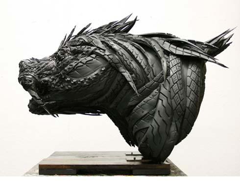 Yong Ho Ji, l'artiste du pneu.png