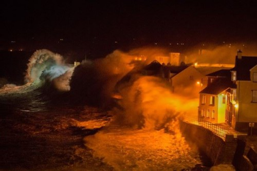 Waves breaking over Lahinch (Co Clare, Ireland) promenade during storm conditions on Friday night. _n.jpg