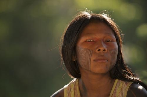 Cristina Mittermeier -Kayapo woman, Brésil 1.jpg