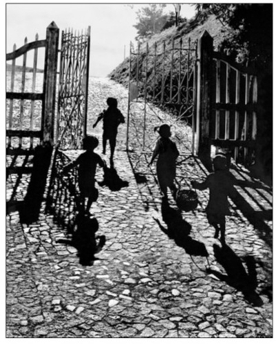 Hing-fook Kan gateway to freedom1950.jpg