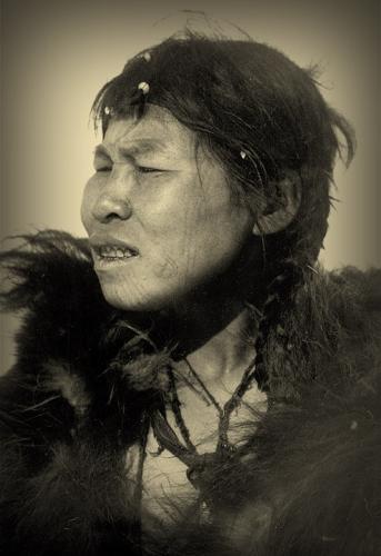 Waldemar Bogoras Chukchi woman Artique 1901.jpg