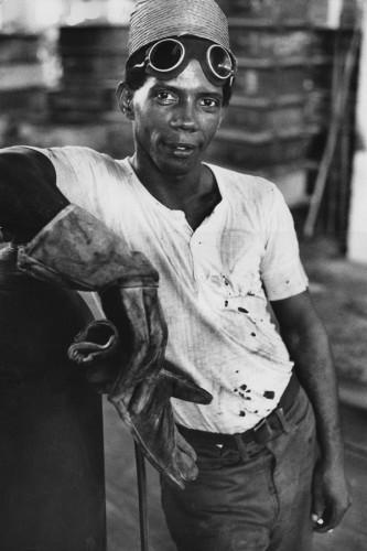 Marc Riboud-Ouvrier-Cuba-1963.jpg