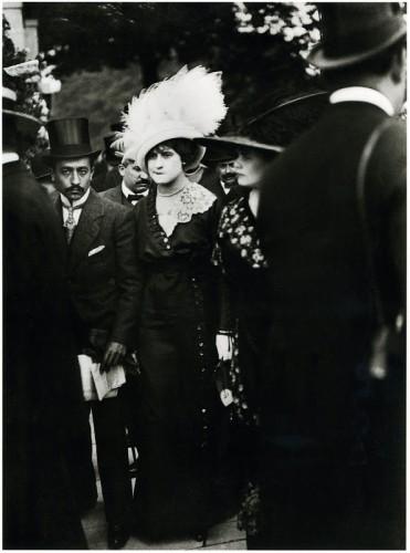 Henri Lartigue Perdants aux courses d'Auteuil 1911s.jpg