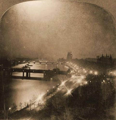 Benjamin Lloyd Singley • The river Thames at night 1903.jpg