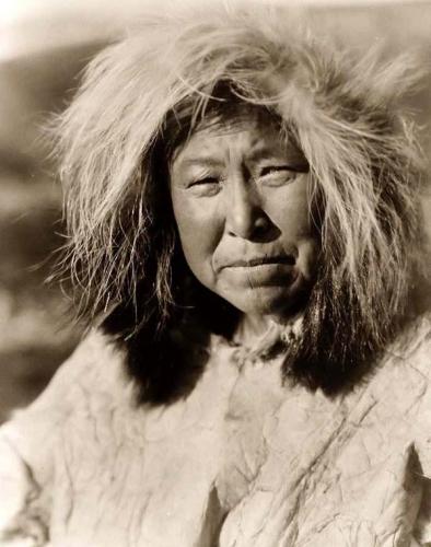 Edward S Curtis Selawik-Eskimo-Woman 1929.jpg