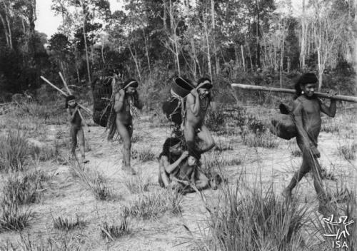 Claude Lévi-Strauss - chez les Nambikwara - Mato Grosso - Brésil - 1938 (7).jpg