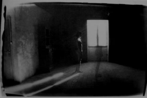 Alix Cleo Roubaud Si quelque chose noir_n.jpg