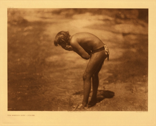 Edward S. Curtis Apache Morning bath 1907.jpg