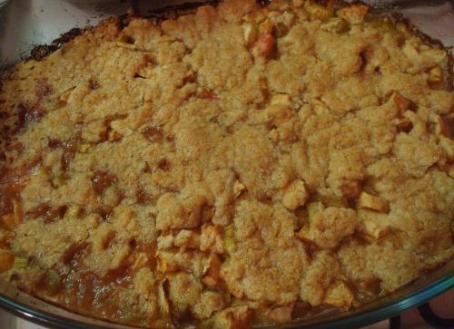 Crumble pommes rhubarbe.JPG
