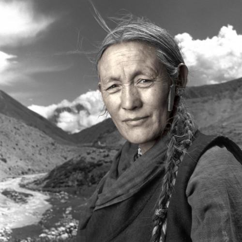 phil borges kesang tibet.jpg