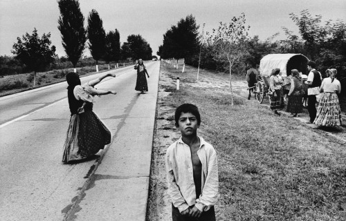 Josef Koudelka Life of Gypsies by (3).jpg