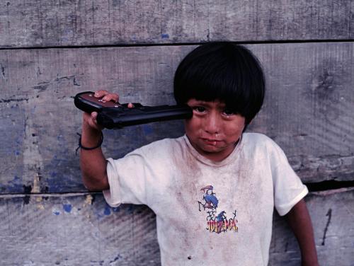 Steve Mc Curry Young boy, Alto Churumazu, Yanesha, Peru, 2004.png