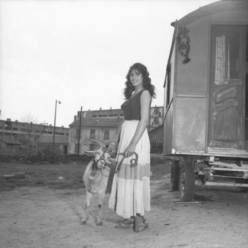 Marcelle vallet Zorka Kostich et la chèvre Marguerite.jpg