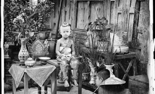 John Thomson Siam 1865-66.jpg