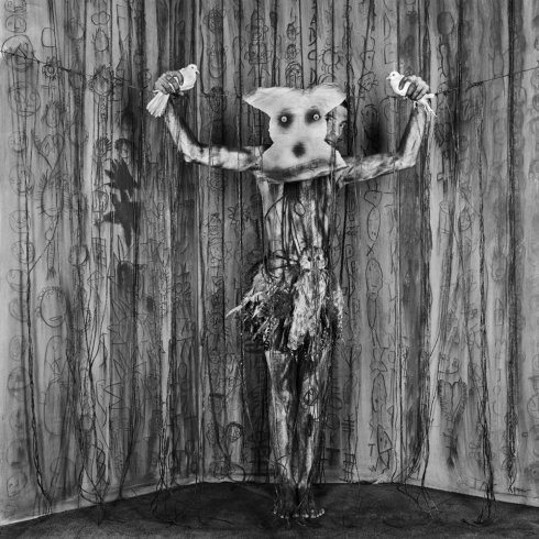 roger ballen asylum of the birds 066.jpg