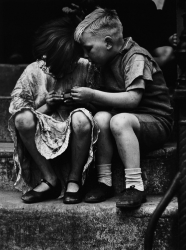 Wolf Suschitzky The matchbox, Stepney 1936.jpg