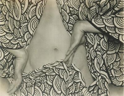 Margrethe MatherSemi-nude Billy Justema in a Kimono (1923).jpg