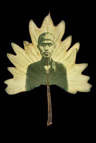 Binh Danh Ancestral altars cambodia 1975-79 (4).jpg